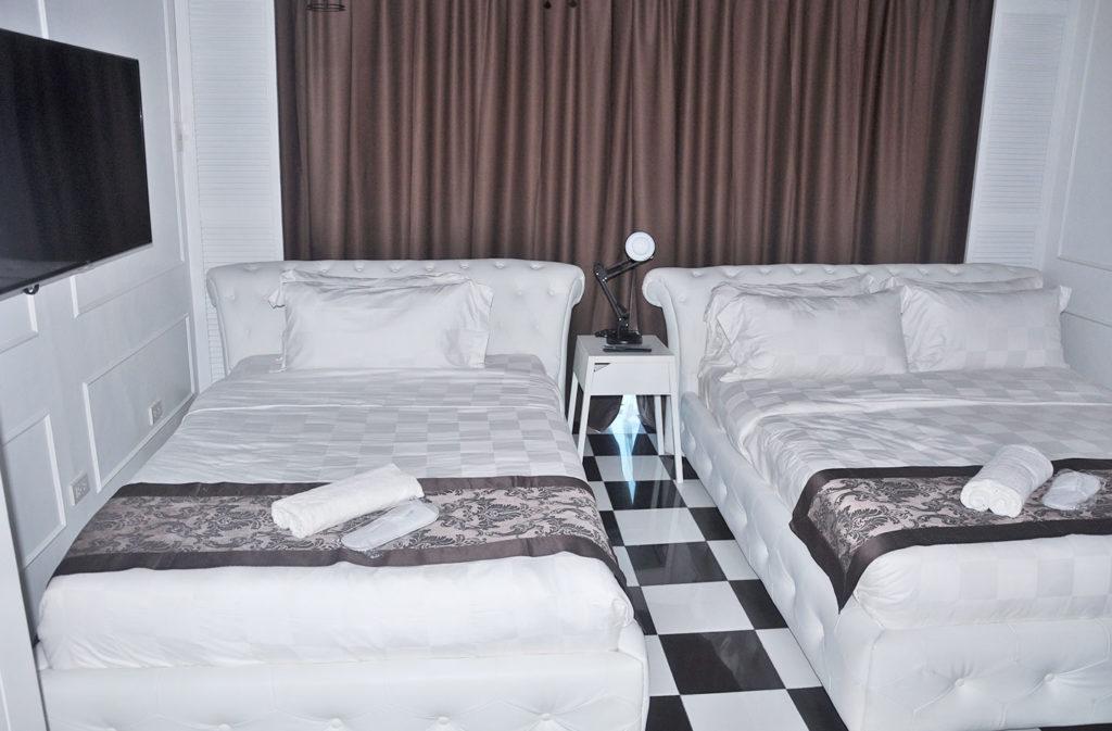 Facade-Hotel-Premier-Room-3
