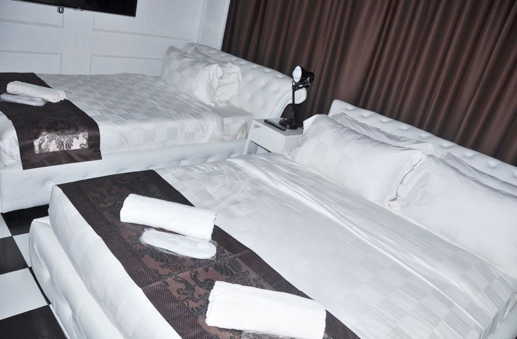 Facade-Hotel-Premier-Room-4